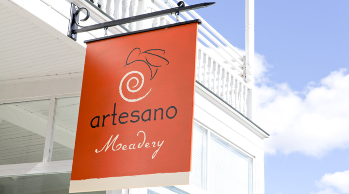 artesano meadery sign